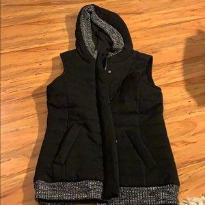 Hooded black marled trim vest